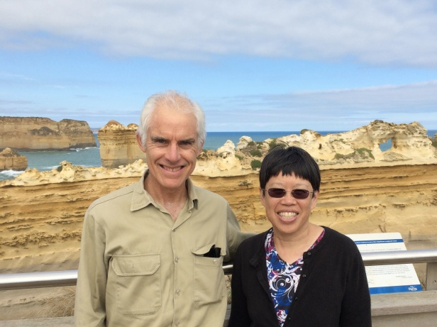 Dr. Stephen Carey took us spectacular cliff exposures of Port Campbell National Park.