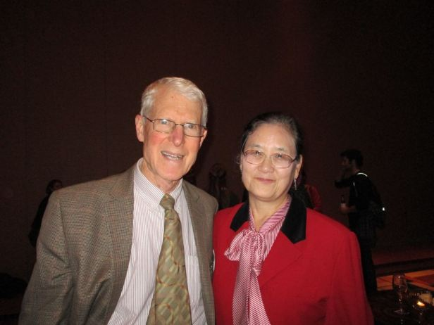 Warren Huff and Maureen Wu (MS '80) at the 2015 University of Cincinnati alumni gathering at the GSA Annual Meeting in Baltimore, MD.