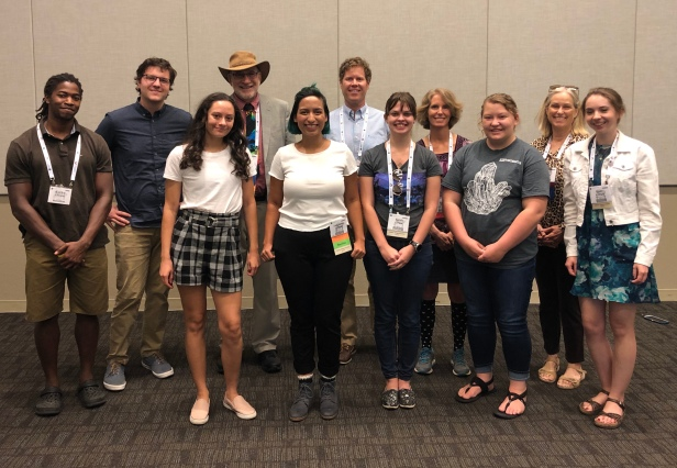 GSA President Don Siegel meets with Science Communication Interns and Communications Staff at the 2019 GSA Annual Meeting in Phoenix, AZ.