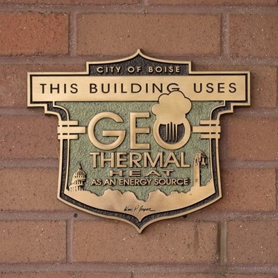 Figure 2: Plaque designed by Ward Hooper used to designate geothermally powered buildings in Boise, ID. (Source: City of Boise)
